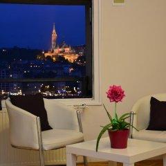 Отель Castle and Danube Panorama гостиничный бар