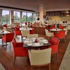 Отель Four Points by Sheraton New Delhi, Airport Highway питание фото 2