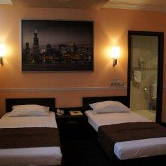 Гостиница Юджин 3* Улучшенный номер с 2 отдельными кроватями
