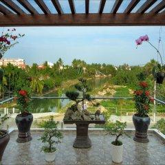 Отель Azalea Homestay 2* Улучшенный номер с различными типами кроватей фото 2