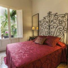 Отель El Petit Palauet Люкс с различными типами кроватей фото 18