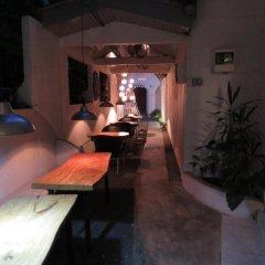 Отель Secret Garden Fort гостиничный бар