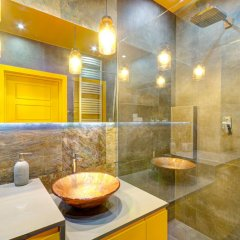 Отель Dom & House - Apartamenty Nadmorski Dwór ванная фото 2