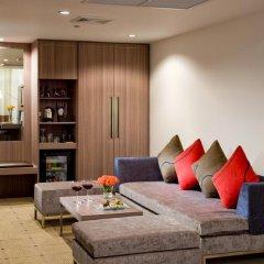 Отель Novotel Bangkok On Siam Square 4* Улучшенный номер с различными типами кроватей фото 10
