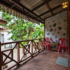Отель Bottle Beach 1 Resort 3* Бунгало с различными типами кроватей фото 5