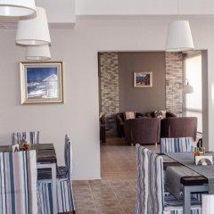 Отель Ivian Family Hotel Болгария, Равда - отзывы, цены и фото номеров - забронировать отель Ivian Family Hotel онлайн питание