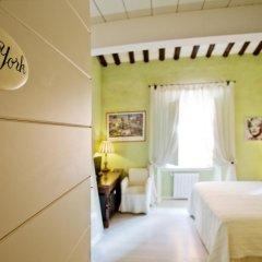 Отель LM Suite Spagna 3* Стандартный номер с двуспальной кроватью фото 17
