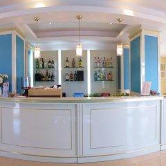 Отель Aparthotel Ruby Болгария, Солнечный берег - отзывы, цены и фото номеров - забронировать отель Aparthotel Ruby онлайн гостиничный бар