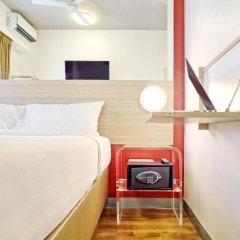Отель Red Planet Aseana City, Manila 2* Стандартный номер с различными типами кроватей