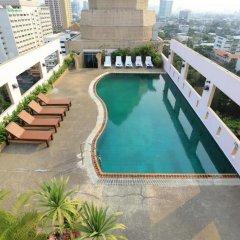 Karnmanee Palace Hotel бассейн фото 2