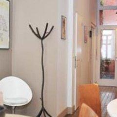 Апартаменты Saint Roch Apartment Брюссель гостиничный бар