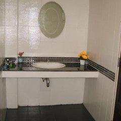 Отель Patong Bay Guesthouse 2* Стандартный номер с различными типами кроватей фото 3