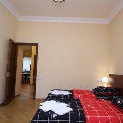 Отель Holiday Home Charenc Армения, Ереван - отзывы, цены и фото номеров - забронировать отель Holiday Home Charenc онлайн комната для гостей фото 4