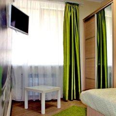 Хостел Friday Улучшенный номер с разными типами кроватей фото 9