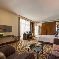 Отель Rosh Rayhaan by Rotana 5* Номер категории Премиум с различными типами кроватей фото 3