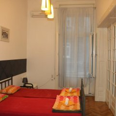 Time Hostel Стандартный номер с двуспальной кроватью (общая ванная комната) фото 3
