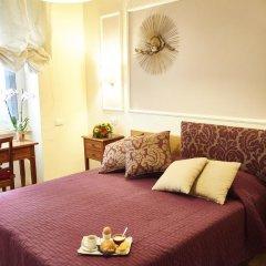 Отель Domus Cavour 3* Стандартный номер с двуспальной кроватью фото 6