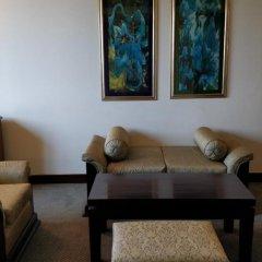Отель The Suryaa New Delhi 5* Люкс повышенной комфортности с различными типами кроватей фото 15