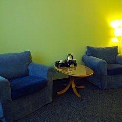 Отель Маяк (корпус Омь) Омск комната для гостей