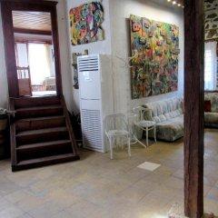Отель Art house Болгария, Смолян - отзывы, цены и фото номеров - забронировать отель Art house онлайн интерьер отеля