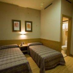 Hostel El Pasaje Стандартный номер с различными типами кроватей фото 8