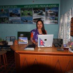 Отель New Future Way Guest House Непал, Покхара - отзывы, цены и фото номеров - забронировать отель New Future Way Guest House онлайн интерьер отеля