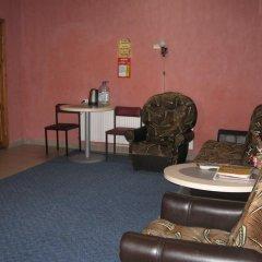 Гостиница Palmira Hostel Backpackers Украина, Каменец-Подольский - отзывы, цены и фото номеров - забронировать гостиницу Palmira Hostel Backpackers онлайн интерьер отеля