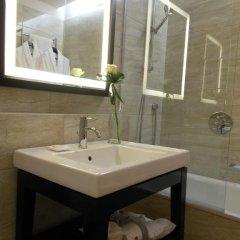 Отель Starhotels Michelangelo 4* Улучшенный номер с различными типами кроватей фото 24