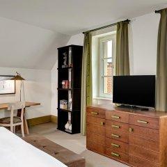 Отель Augustine, a Luxury Collection Hotel, Prague Чехия, Прага - отзывы, цены и фото номеров - забронировать отель Augustine, a Luxury Collection Hotel, Prague онлайн удобства в номере