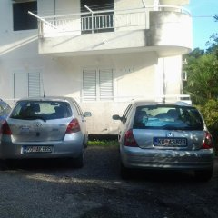 Отель Apartmani Tiha Noc парковка
