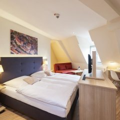 Hotel Victoria 4* Стандартный семейный номер с 2 отдельными кроватями