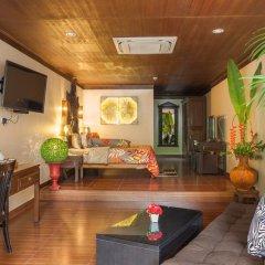Отель Tropica Bungalow Resort 3* Семейный номер Делюкс с двуспальной кроватью фото 3