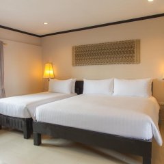 Отель Golden Tulip Essential Pattaya 4* Улучшенный номер с различными типами кроватей фото 33
