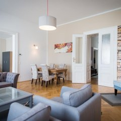 Отель Exclusive Apartment Rathaus Австрия, Вена - отзывы, цены и фото номеров - забронировать отель Exclusive Apartment Rathaus онлайн комната для гостей фото 3