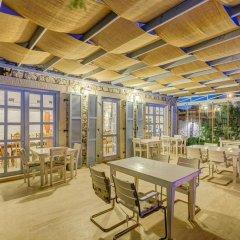 Lale Lodge Hotel Чешме гостиничный бар