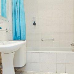 Гостиница Vysotka Barrikadnaya в Москве отзывы, цены и фото номеров - забронировать гостиницу Vysotka Barrikadnaya онлайн Москва ванная