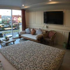 Отель Phuket Airport Suites & Lounge Bar - Club 96 комната для гостей фото 3