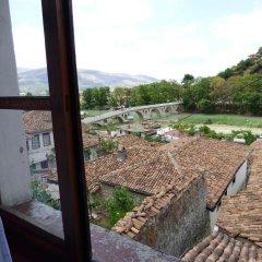 Отель Hostel Lorenc Албания, Берат - отзывы, цены и фото номеров - забронировать отель Hostel Lorenc онлайн балкон
