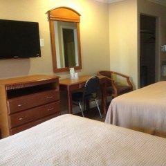 Отель Hyland Motel Van Nuys Лос-Анджелес комната для гостей фото 3