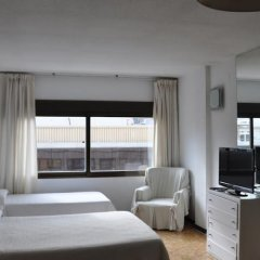 Отель Apartamentos Austria Valencia Испания, Валенсия - отзывы, цены и фото номеров - забронировать отель Apartamentos Austria Valencia онлайн комната для гостей фото 2