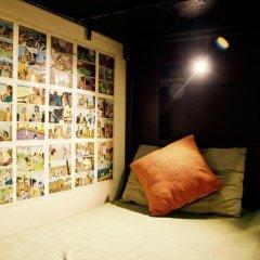 goStops Delhi (Stops Hostel Delhi) Кровать в общем номере с двухъярусной кроватью фото 6
