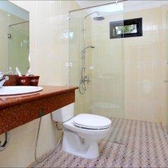 Отель Han Thuyen Homestay 3* Улучшенный номер с различными типами кроватей фото 5