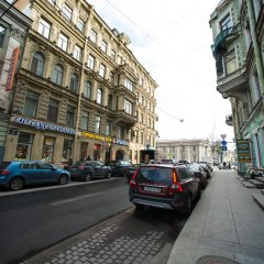 Апартаменты Apartments next to Kazan Cathedral Санкт-Петербург парковка