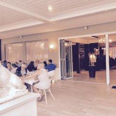 Отель Schlosshof Charme Resort – Hotel & Camping Италия, Лана - отзывы, цены и фото номеров - забронировать отель Schlosshof Charme Resort – Hotel & Camping онлайн интерьер отеля фото 2