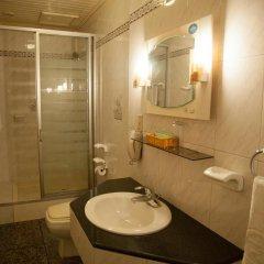 Отель Golf 1 2* Стандартный семейный номер с различными типами кроватей