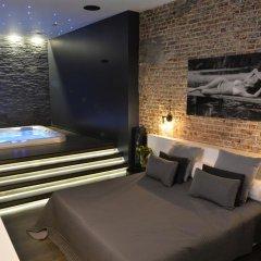 Отель Chambre Avec Jacuzzi Sauna Privatif Улучшенные апартаменты фото 22