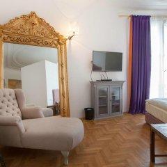 Hotel Pension Museum 3* Стандартный номер с двуспальной кроватью фото 7