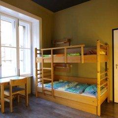 Treestyle Hostel Кровать в женском общем номере с двухъярусной кроватью фото 9