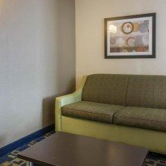 Отель Comfort Inn & Suites near Universal Orlando Resort 2* Стандартный номер с различными типами кроватей фото 7
