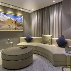 Отель Grand Millennium Muscat Президентский люкс с различными типами кроватей фото 3